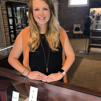 - Meet the jewelry experts at Parris Jewelers in Hattiesburg, MS